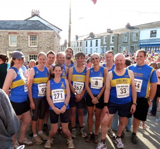 Truro Running Club team at Tywardreath Trotter 2012