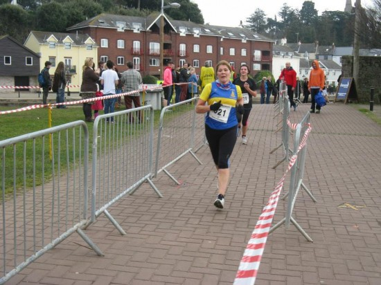 Exeter half 2015 - Julie in the finishing straight